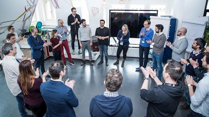 Innovator, Disruptor, Partner: Microsoft und Startups