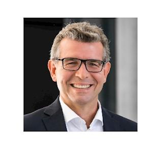 Dr. Dirk Bornemann
