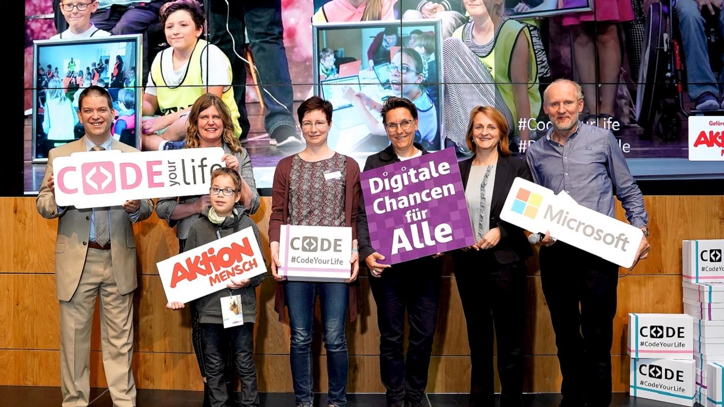 Code your Life baut Barrieren ab: Inklusives Programmieren jetzt bundesweit und an 10  Modellschulen in Berlin