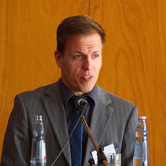 André Necke