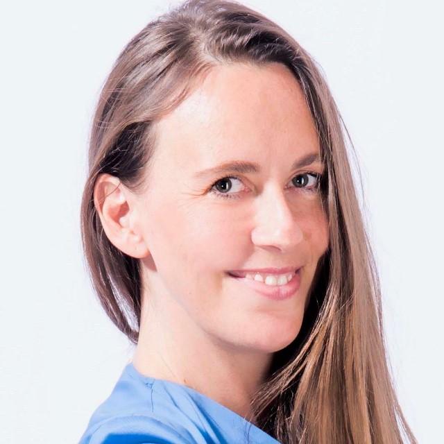 Dr. Anna Lukasson-Herzig