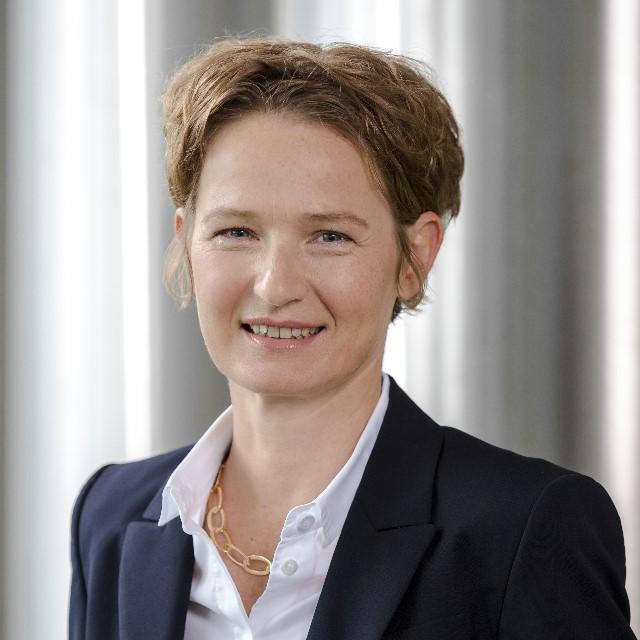 Dr. Christine Haupt